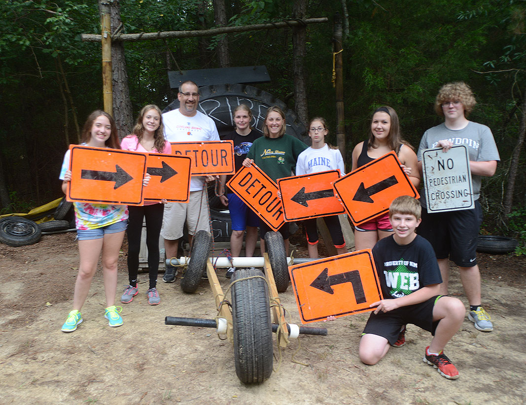Youth group team building program at Xtreeme Challenge in Charlotte North Carolina