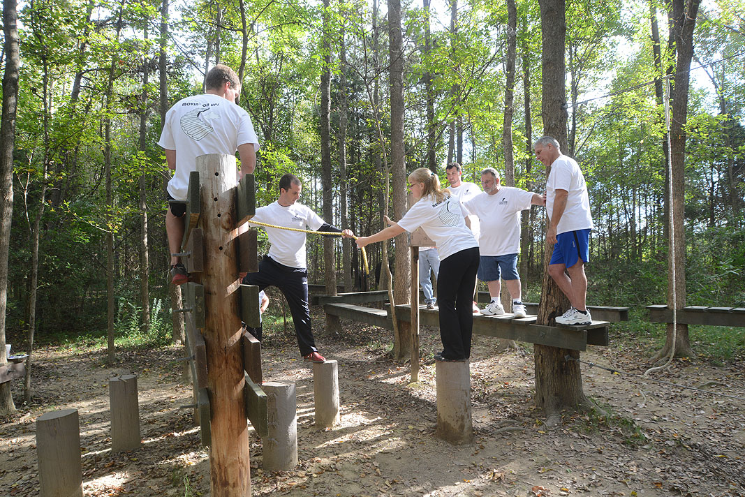 Fontaine Modification Team Building program at Xtreeme Challenge Event Center in Charlotte North Carolina