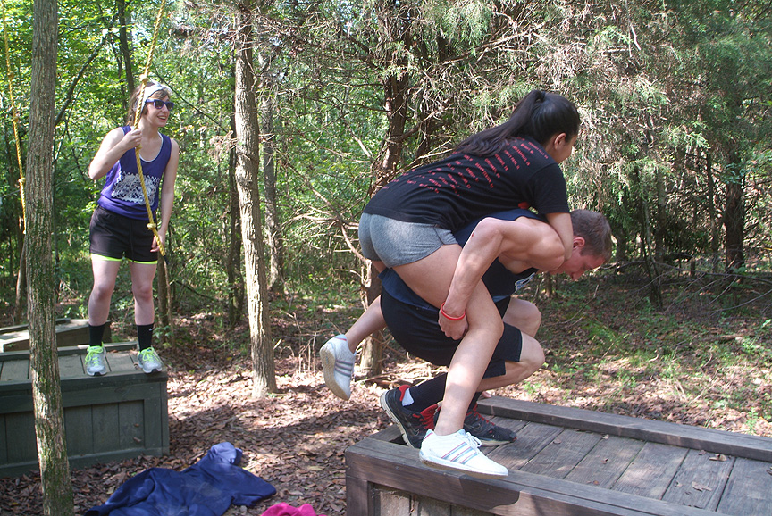 Outdoor Adventure Programs designed to make teams work together at Xtreeme Challenge North Carolina