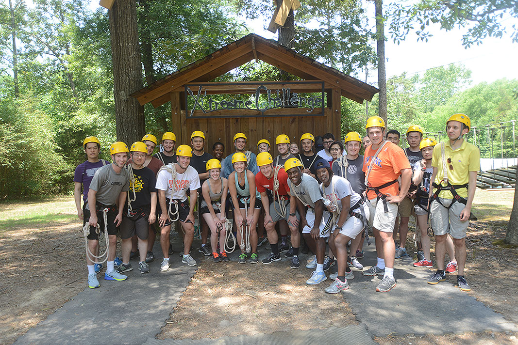 Xtreeme Challenge hosts Wells Fargo Banks Team Building Program in Charlotte North Carolina
